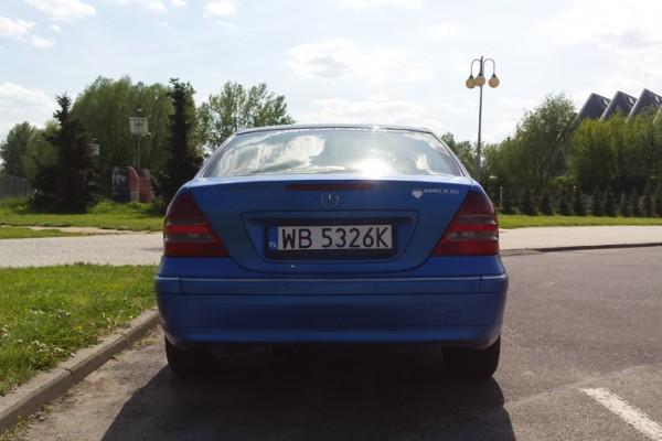 Mercedes w203 Plasti Dip World Rally Blue 12